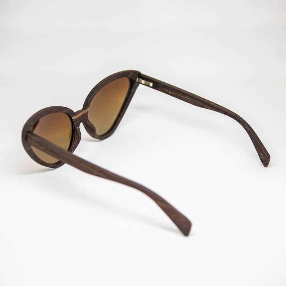 sputnik Mr. Woodini - משקפי שמש מעץsputnik Mr. Woodini - משקפי שמש מעץ