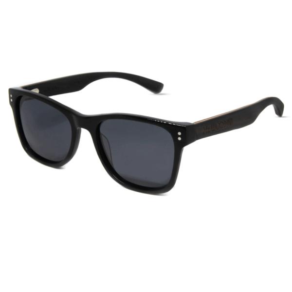 דגם Ora - משקפי שמש מאצטט בצבע שחור בשילוב זרועות עץ - Mr. Woodini