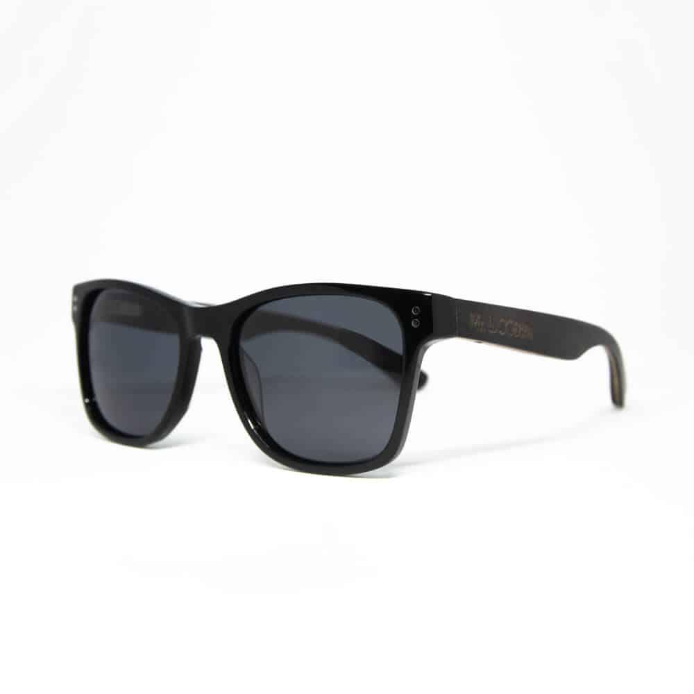Ora - משקפי שמש מאצטט בצבע שחור וזרועות עץ