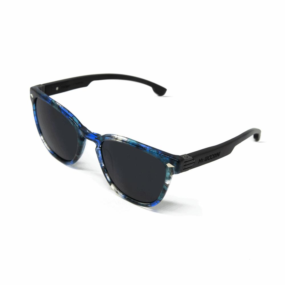 Oyster Aqua - משקפי שמש מאצטט בצבע כחול וזרועות עץ בצבע שחור בתוספת מתכת
