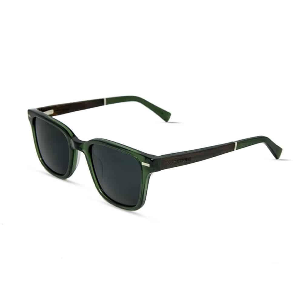 משקפי שמש דגם טוקסיק מאצטט ירוק-שקוף וזרועות עץ